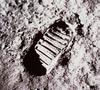 62043main_footprint_on_moon_4